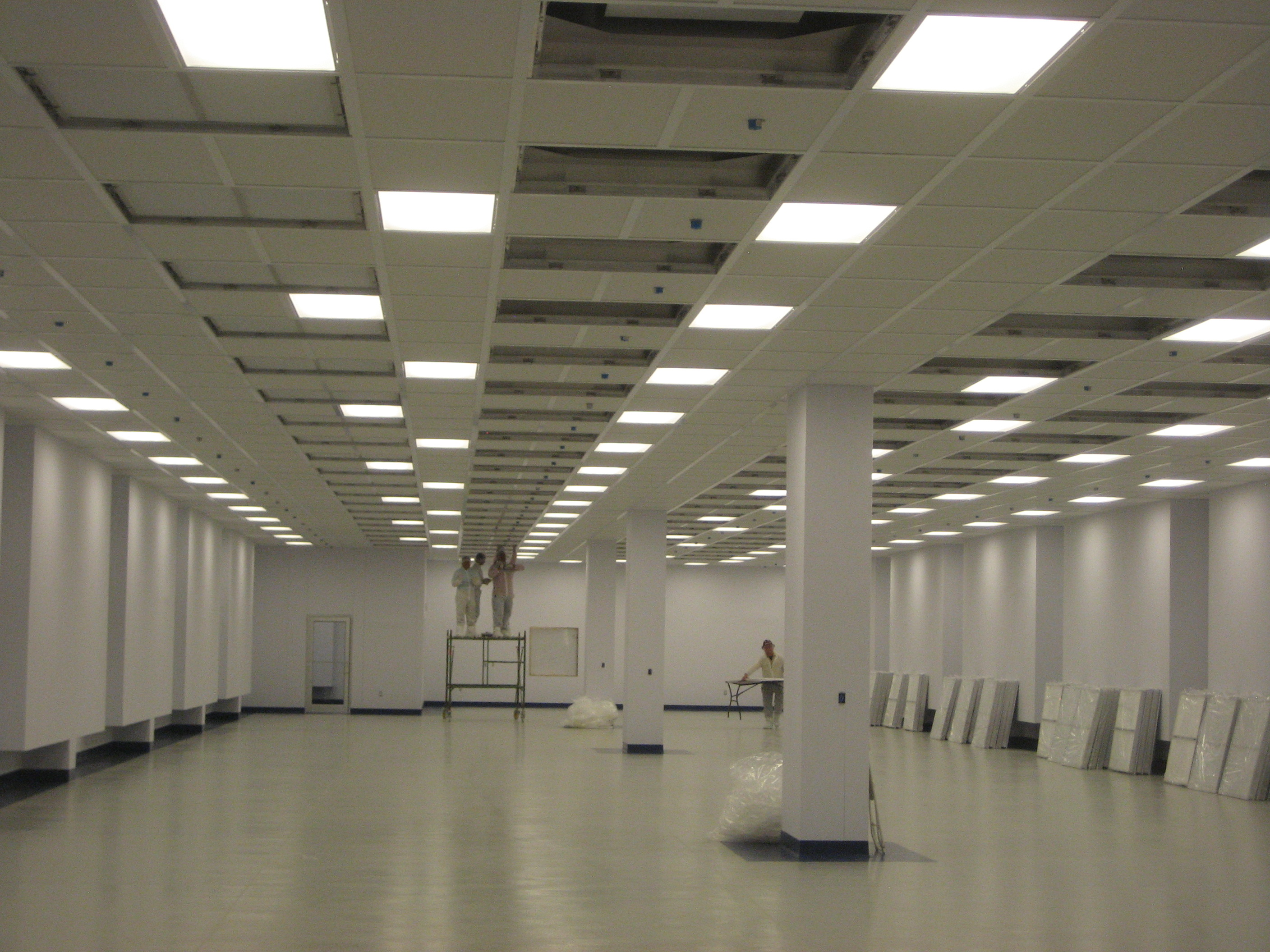 Cleanroom Ceiling During Installation Cleanroom Ceiling